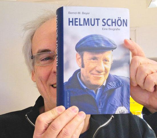 Bernd-M. Beyer - Helmut Schön, Verlag die Werkstatt