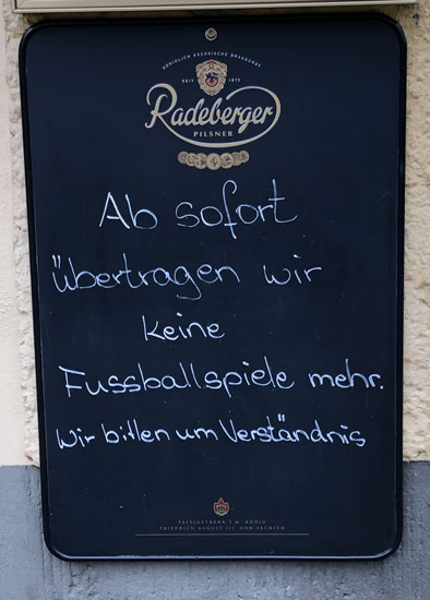 Sportsbar out of Fußball